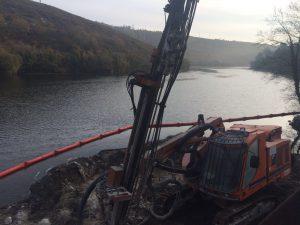 Perforación para minicentrales hidroeléctricas en Dumbría